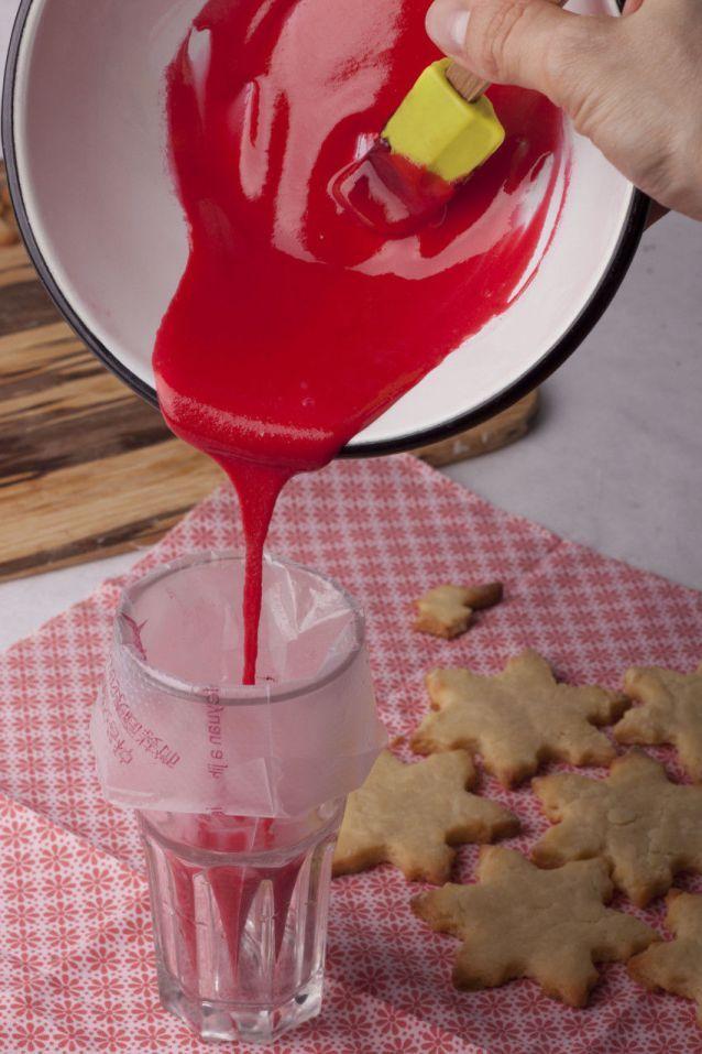 Карамельное печенье с безбелковой глазурью