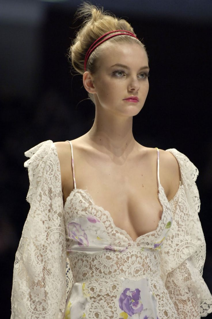 Catwalk See Thru,Oops,Topless,Runway Models Nipple Slip Hq -9115