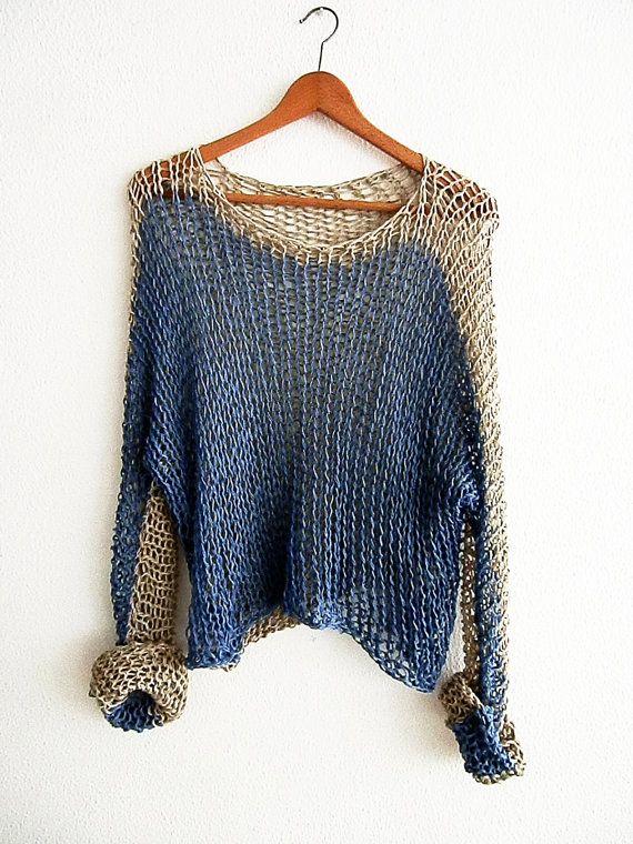 ... Mirada elegante con este jersey es perfecto para días de semana casual o fines de semana relajantes. Suéter increíblemente suave, ligero y acogedor.   Hilado que usé para ese suéter es una combinación de algodon. Muy suave al tacto.