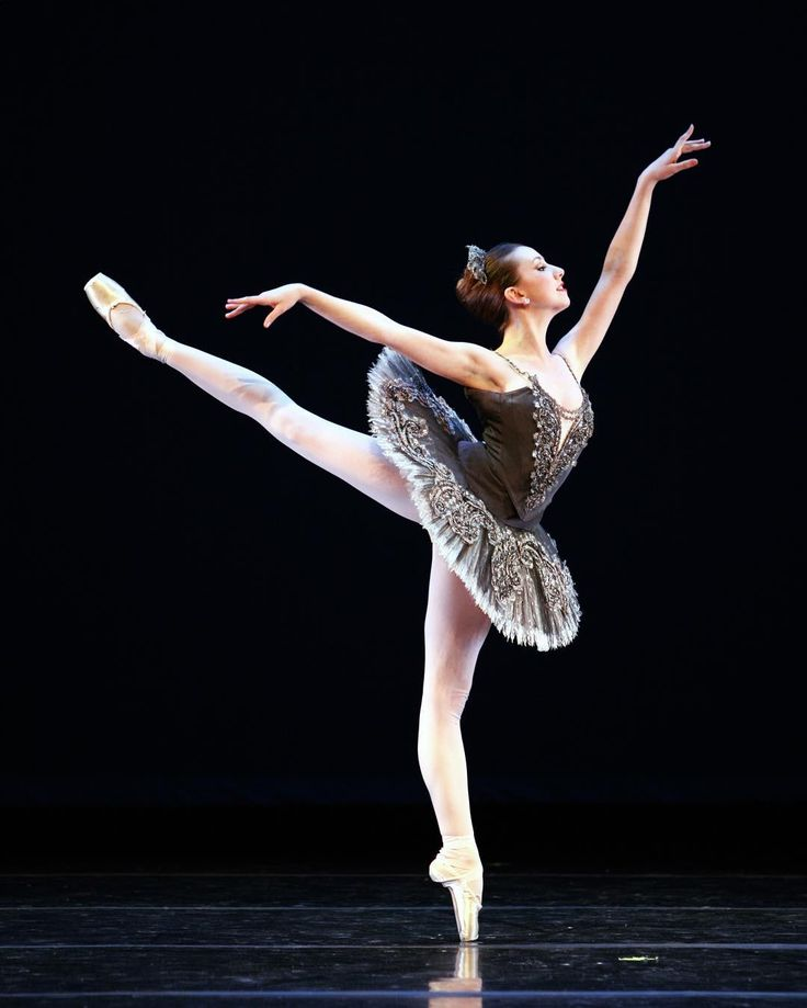 "Isabella Boylston, ""Divertimento Nº 15"" choreography by George Balanchine and music by Wolfgang Amadeus Mozart (Divertimento Nº 15 in B-flat major), American Ballet Theatre - Photographer Rosalie O'Connor"