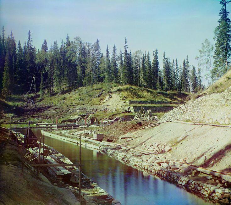 С. М. Прокудин-Горский. [Судоходный] канал в Соловецком монастыре. 1916 год