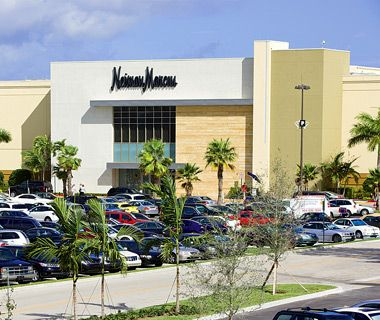 """""""No. 26 Town Center at Boca Raton - With stores like Bloomingdale's, Macy's, Tiffany, and Saks Fifth Avenue, this glitzy south Florida mall could easy be called Manhattan South."""" (Boca Raton, Florida)"""