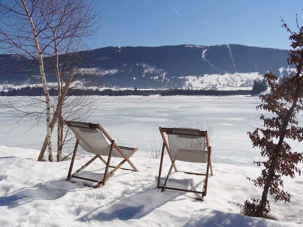 Soleil sur lac gelé dans le Jura, France, par Sophie Boutdumonde / Communauté GEORetrouvez d'autres…