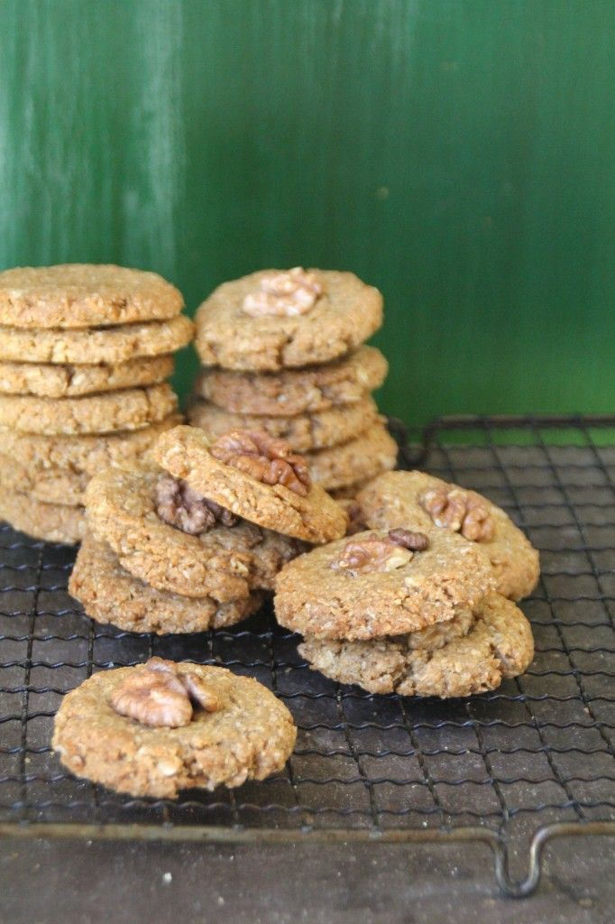 Oatmeal and coconut cookies