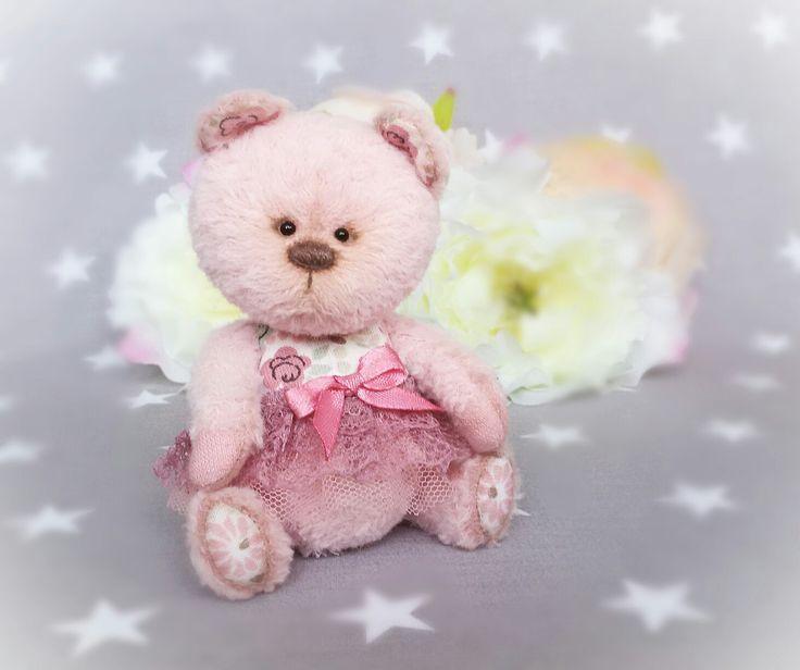 Розовая Миша.