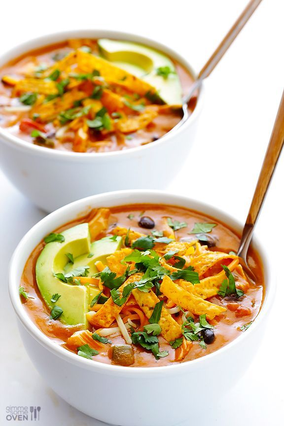 20-Minute Cheesy Chicken Enchilada Soup -- inspired by one of my favorite soups from Chili's, and SO GOOD! | gimmesomeoven.com