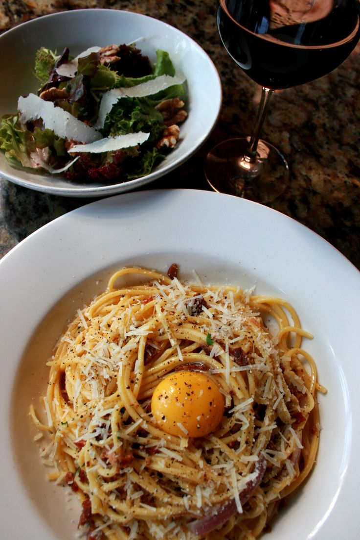 Every man should have a speciality in the kitchen. It turns out mine is Egg Yolk Spaghetti Carbonara with Crispy Pancetta.
