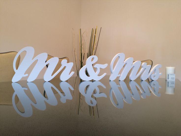 Arredare la tua casa con il lettering. La scritta o la frase che vuoi, realizzata su misura per te. Puoi ordinare on line su www.bonditalia.com