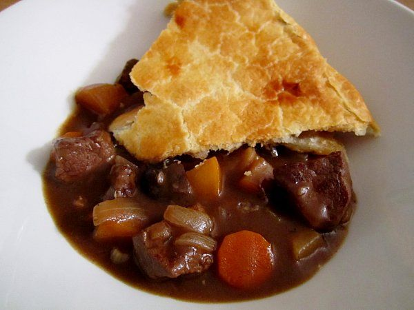Mission: Food: Come In, We're Closed: Steak and Stout Pie