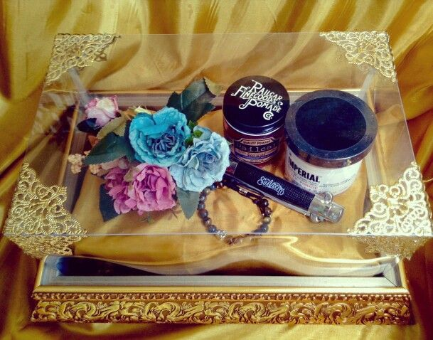 Manly things. Golden tray. IG @medina_rumahseserahan
