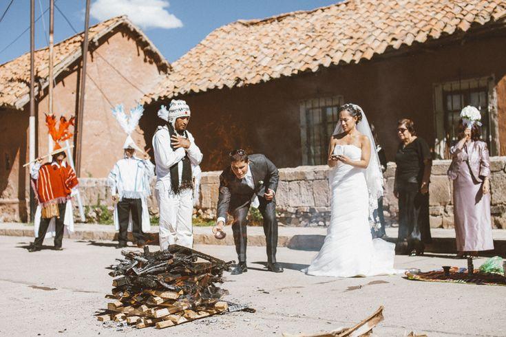 Pago a la tierra Andean wedding in Lampa - Puno -  Peru Andean Wedding In Peru - Boda andina en Peru Destination Wedding Photographer Peru - Peru wedding photographer - Peru vintage photographer - Rustic wedding Peru - Rustic wedding photographer - Rustic wedding photographer Peru - Andean wedding photographer - Andean wedding photographer Peru