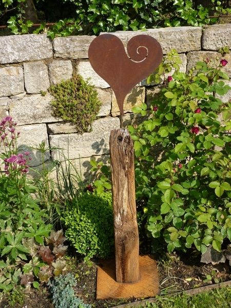 Hochzeitsdeko - antike Eichensteele mit Herz - ein Designerstück von BrennHolzDesign bei DaWanda