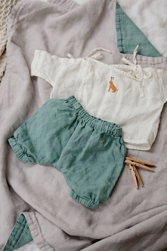Linge bébé, pantalons, pantalons vert menthe poivrée, lin, lavé des vêtements bébé