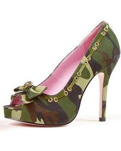 These Army camo high heel shoes are cute.  I have no idea what in would where these with but I want a pair!!!! Keywords: #weddings #jevelweddingplanning Follow Us: www.jevelweddingplanning.com  www.facebook.com/jevelweddingplanning/