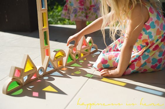 I recently came across this beautiful artwork by Kumi Yamashita that amazed me. Isn't it brilliant? Simple kids building blocks and light creating stunning artwork. I knew it would inspire the girls and had to show them. I was right! … Continuereading→