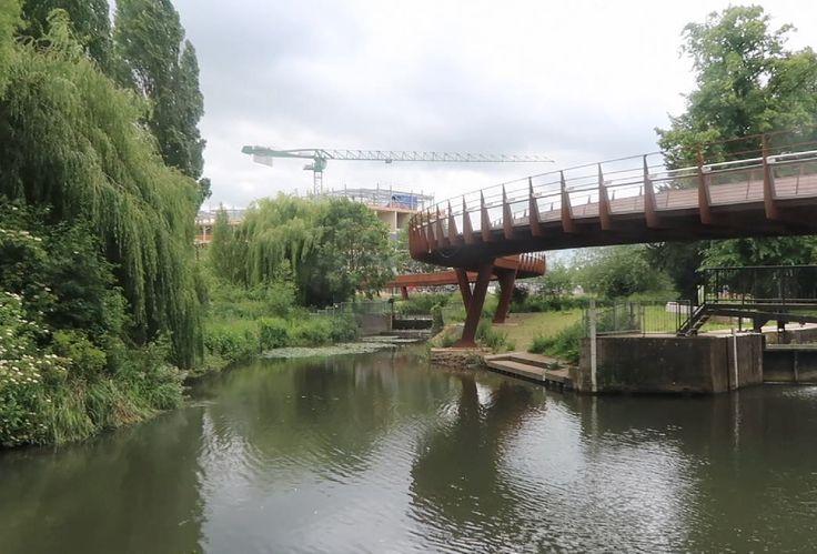 Our 'S' shaped footbridge!