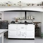 Vrijstaande grote Engelse AGA boerderij-oven om dagenlang te kokkerellen