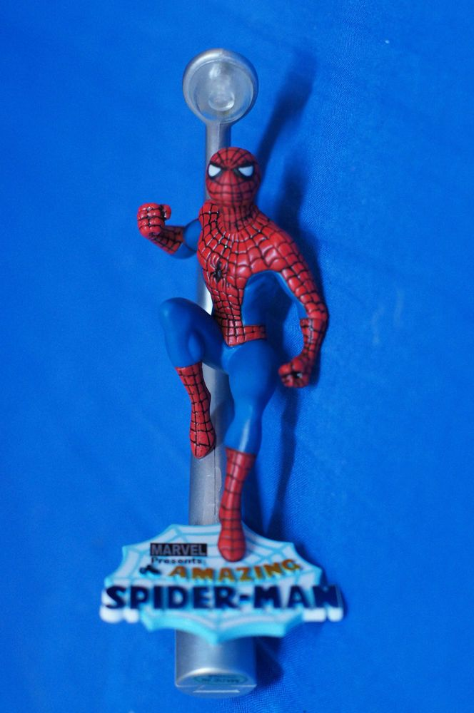 Spider-Man Light-up Christmas Ornament Figurine Disney Marvel Carlton 119 #CarltonCards