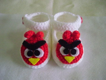 Newborn baby booties 0-6 months only US$8.98 with free delivery worldwide.
