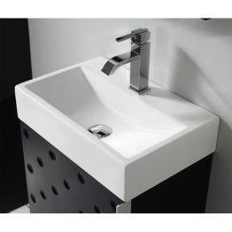 Lavabo cerámico PARIS. 100.49 € Lavabo sobre encimera. Puede ir suspendido a pared  Medidas:  45x30x10cm.  Lavabo de cerámica blanca.  Lavabos ideales para suspender en espacios reducidos, así como aseos de cortesía, o baños pequeños.