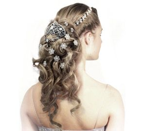 The Rules on Using Hair Extensions for Your Wedding Hairstyle