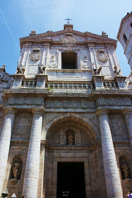Fachada de la Catedral de Valladolid, España by j_santander74, via Flickr