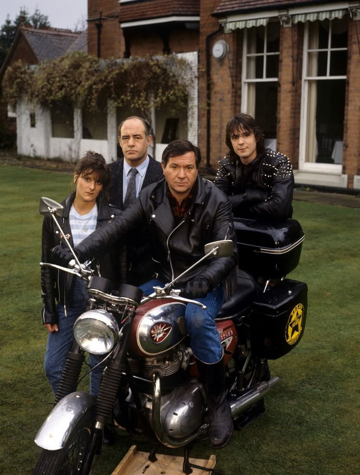 Boon TV series, starring Michael Elphick, David Daker and Neil Morrissey,