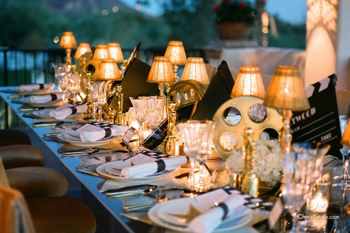 This classic Hollywood glam table setting is just gorgeous.  I would love to do this when I finally decide to have an Oscars viewing party! #CouchCritics