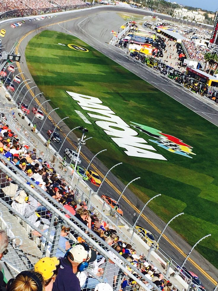 Of course Florida is home to the one and only Daytona 500 Nascar Race annualy at Daytona Beach #FL