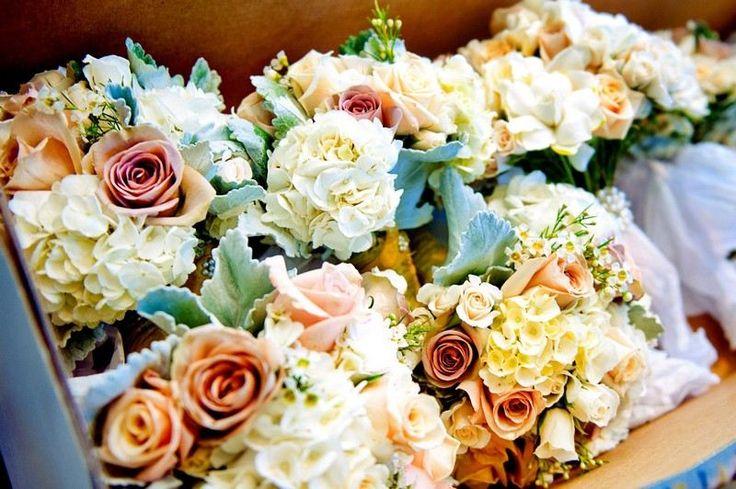 compositions florales en tant que décoration de mariage dautomne