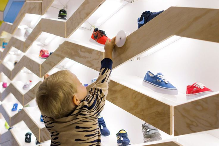 Interactive Wall Design at Suppakids Sneaker Boutique in Stuttgart