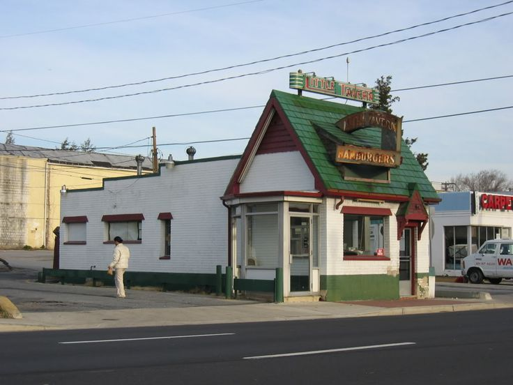 Surviving Little Tavern in Laurel MD, 2006  I went to the one in College Park, MD in the 40's.