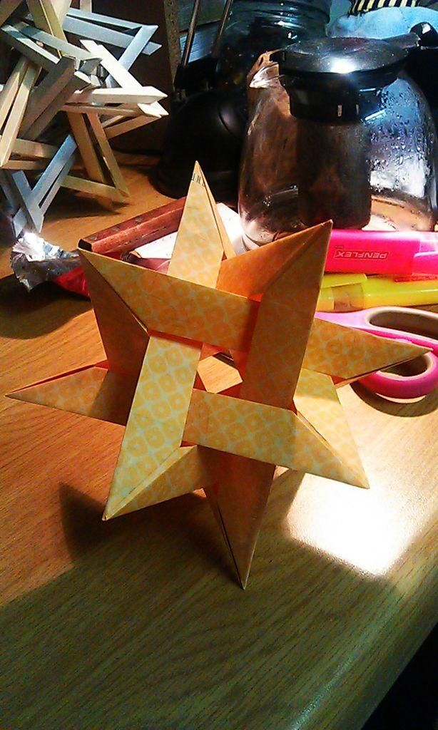 DIY Origami: DIY Gasherbrum - 4 intersecting triangles - modular origami - no glue