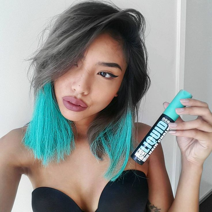 """""""Playing with colour without the commitment thanks to @briteorganix liquid hair chalk They're cruelty-free and vegan too My Aussies find it at your…"""""""