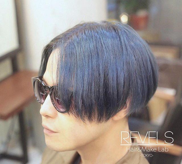 WEBSTA @ revels_hair - ブルーグレーの前下がりボブ#bleachhair #bleachlondon #highlightcolor #ハイライトカラー #hairstyle #髪型 #ombrehair #revels #リベルス #haircolor #ヘアカラー #ダブルカラー#hairmakelab #hairdye #manicpanic #マニックパニック #マニパニ #lilac #ultravioret #aftermidnight #bluehair #silverhair #greyhair ヘアサロン #美容室 #美容師 #shibuya #渋谷 #スタッフ募集 #アシスタント募集 #スタイリスト募集
