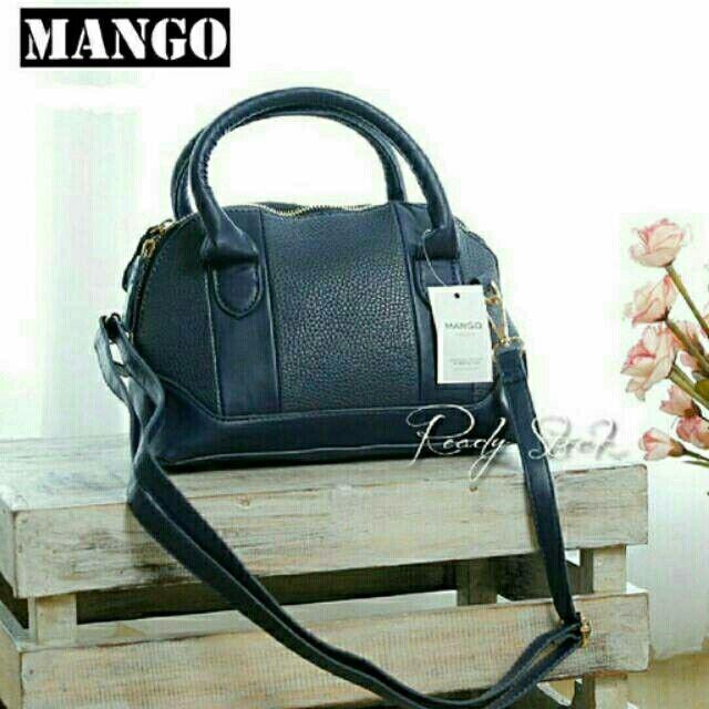 Saya menjual Mango 225 Navy seharga Rp325.000. Dapatkan produk ini hanya di Shopee! {{product_link}} #ShopeeID