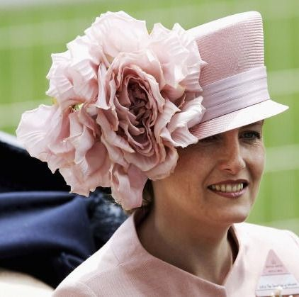 0421-sophie-ryhs-jones-royal-wedding-hats_we.jpg