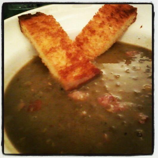 Humm. sopa de lentilha