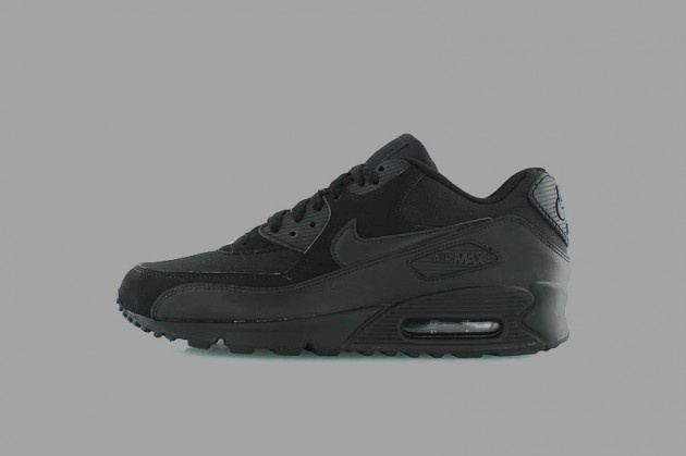 Wear It Black - Nike – Air Max 90 Essential