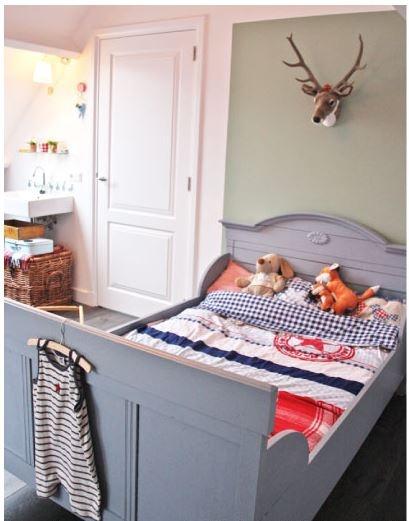 17 beste afbeeldingen over jongensbed op pinterest jongens zoeken en houten bedden - Muur kleur babykamer meisje ...