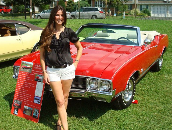 '7 Olds SX W-32 Cutlass 'vert With The Host Of The