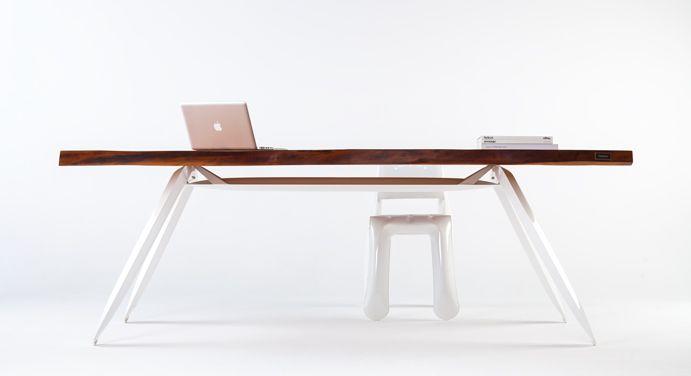 Holzano Table