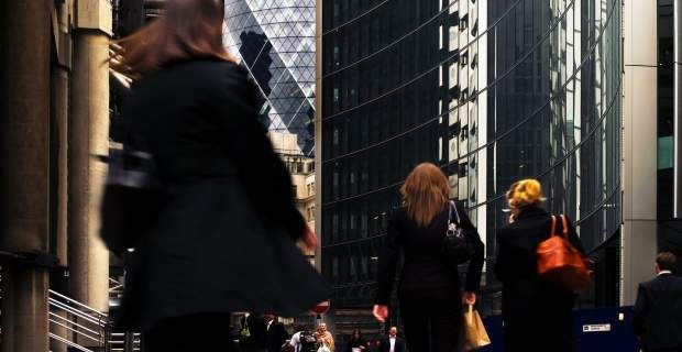 Οι Ευρωπαίες αμείβονται σημαντικά λιγότερο από τους άντρες