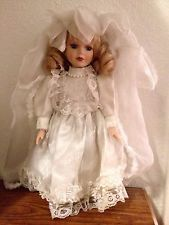 Vintage Collectible Porcelain Bridal Doll