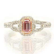 0.25 carat, Fancy Pink Diamond Ring