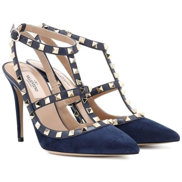 Valentino Valentino Garavani Rockstud Suede Pumps ($920) ❤ liked on Polyvore featuring shoes, pumps, blue, high-heel, valentino shoes, valentino pumps, suede leather shoes, blue suede pumps and suede pumps