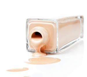 Cómo hacer base de maquillaje casera                                                                                                                                                                                 Más