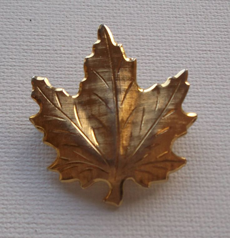 Vintage 1970s Maple Leaf Gold Brooch Emblem of Canada by vintageretrojewels on Etsy