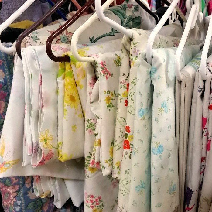Hometalk Highlights's discussion on Hometalk. 13 Stunning Vintage Fabric Ideas That'll Send You to the Thrift Store - You'll never pass up a scrap of vintage fabric at the thrift store again!
