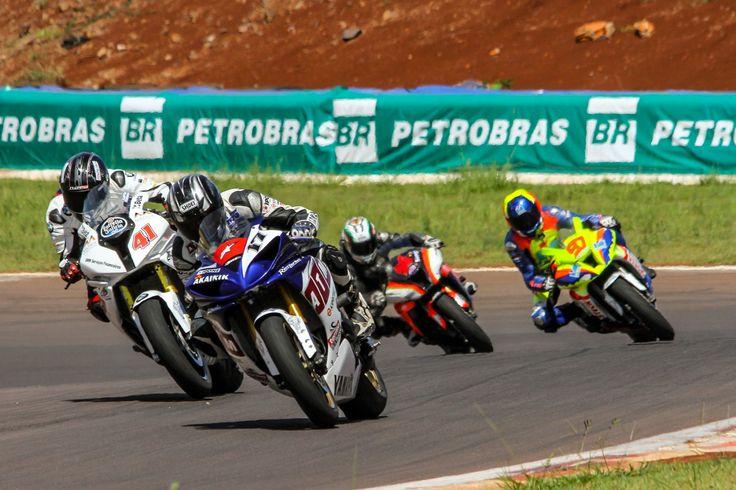 R2 MOTOS: Moto 1000 GP divulga calendário de 2015 do Brasile...